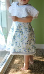 Kit's Crafts - Doily Dress