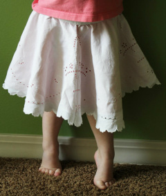 Kit's Crafts - Doily Circle Skirt