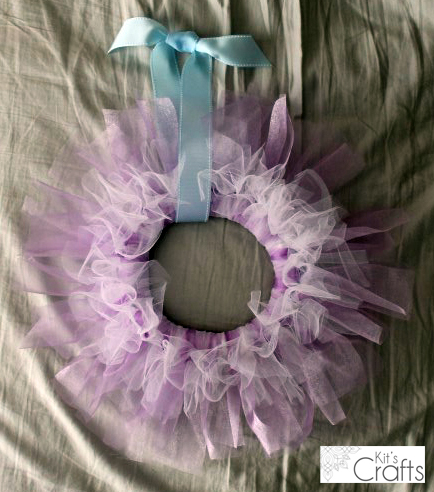 Kit's Crafts - Simple Tulle Wreath